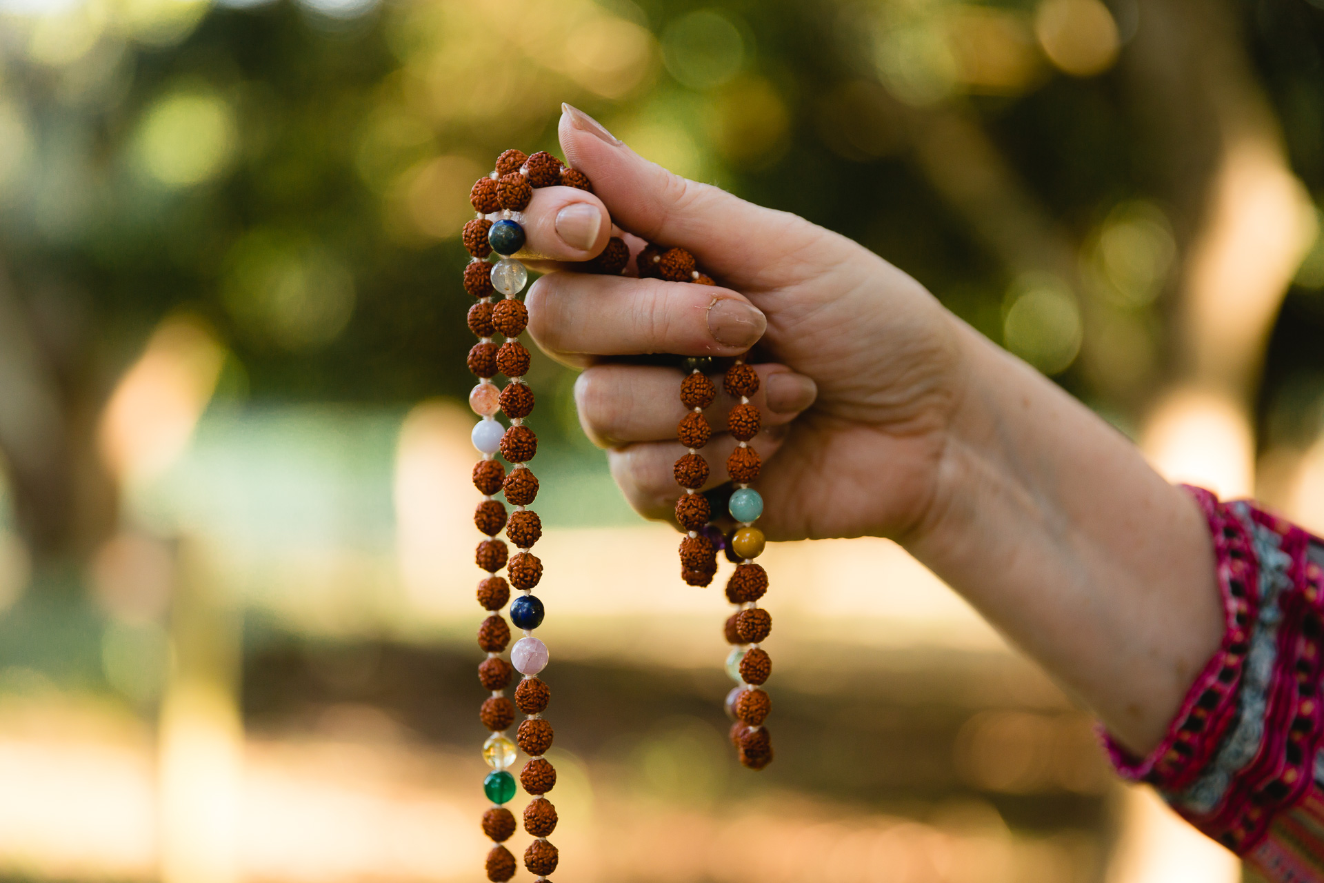 Learn To Meditate With A Mala!