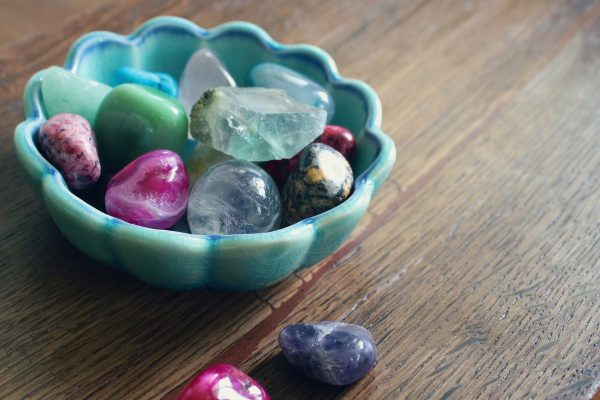 How to Choose Crystals And Essential Oils